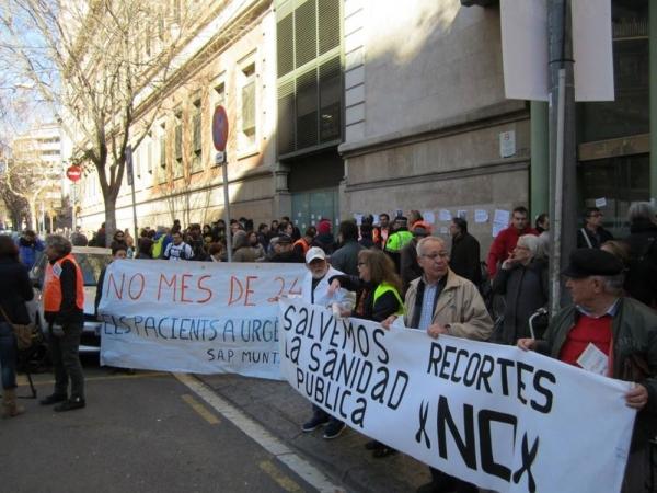 Protesta de la Marea Blanca contra les retallades en sanitat, en una imatge d'arxiu.