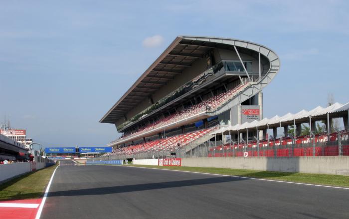 F1_Circuit_de_Catalunya_-_Tribuna